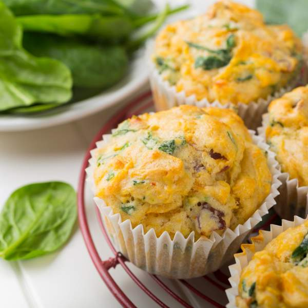 Muffin with pesto