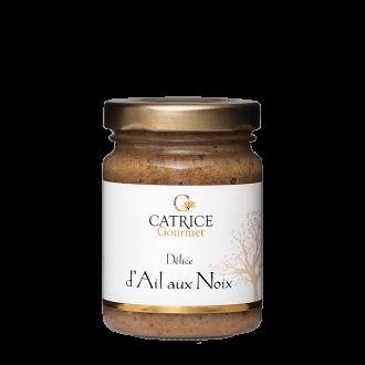 Garlic and walnuts delight